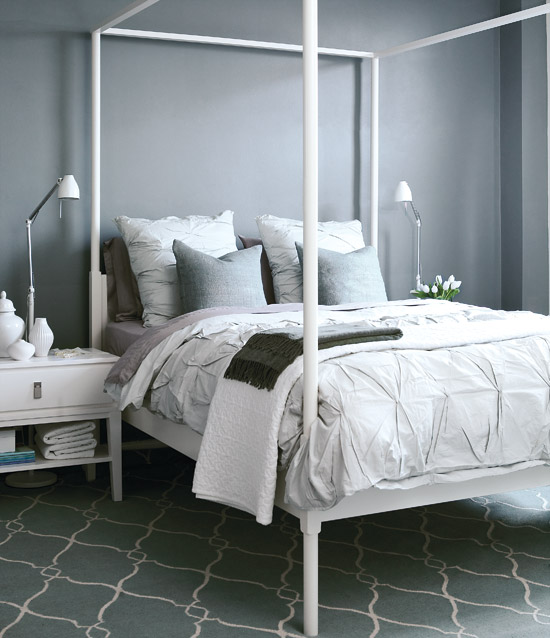 Gorgeous greys Shades of grey and white come together to make this a serence space. Elements like the textural bedding and patterned rug help to keep things interesting.