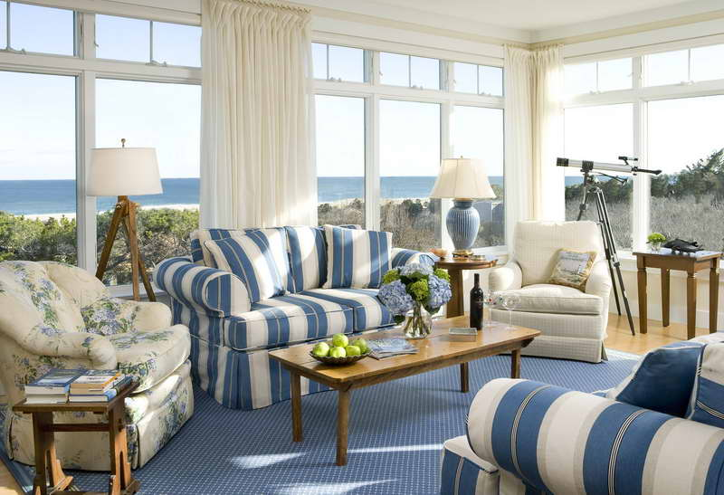 coastal cottage interior design ideas with carpet flooring