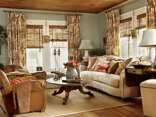 Turn on the charm with cottage style decorating for Interior decorating ideas for living room pictures