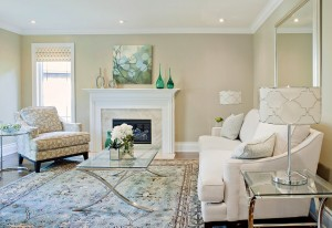 A living room looks refreshing in cream