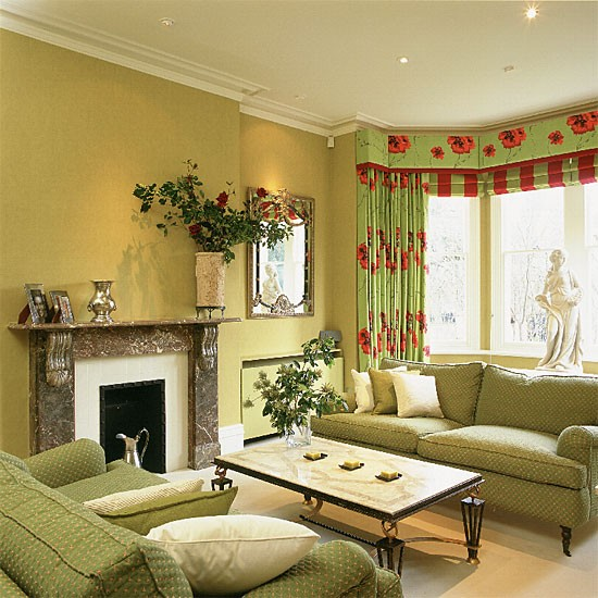 Decorating with green for Green decorations for home
