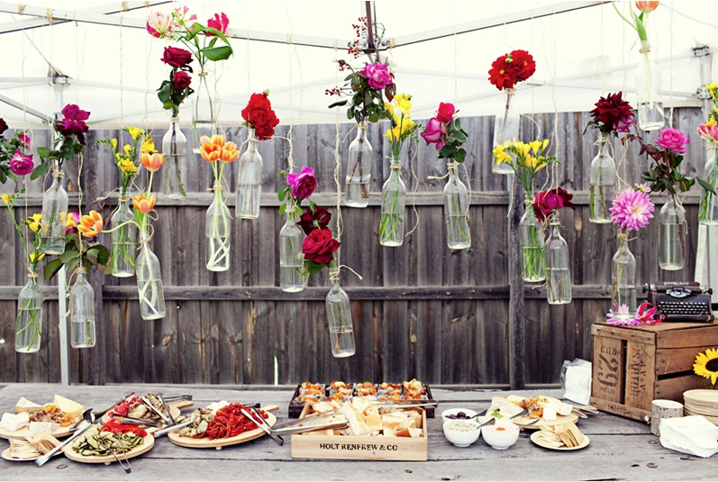 DIY Hanging Flower Vases for outdoor receptions