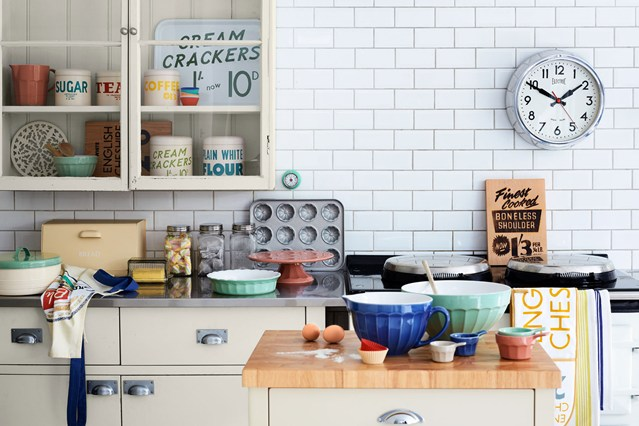 The Classic Beauty Of Vintage Kitchens