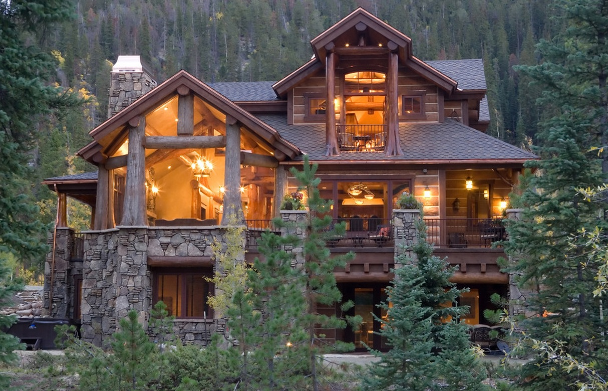 Today s log homes for advantageous and luxurious living for Log cabins homes