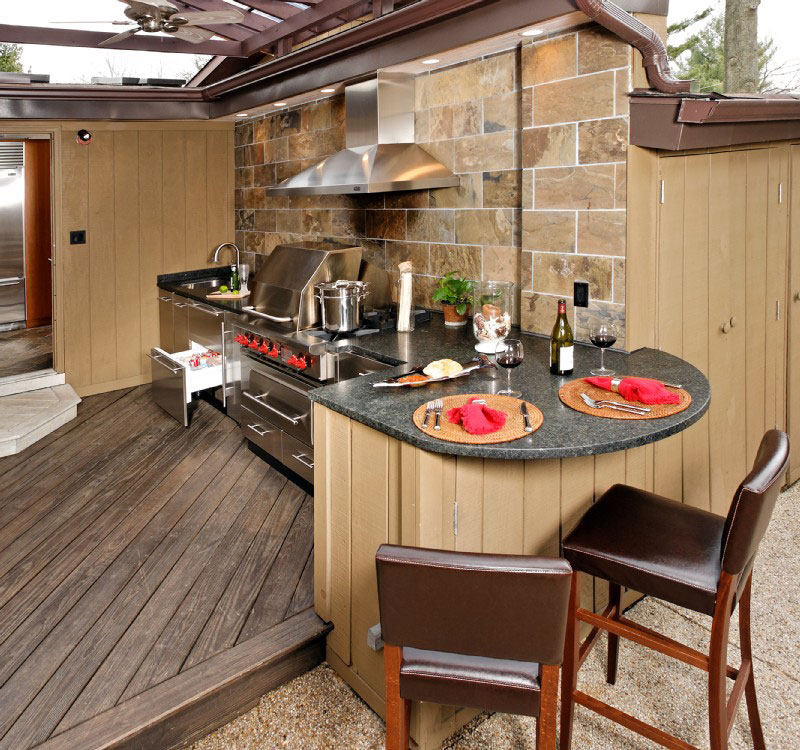 Upgrade your backyard with an outdoor kitchen for Backyard kitchen designs photos