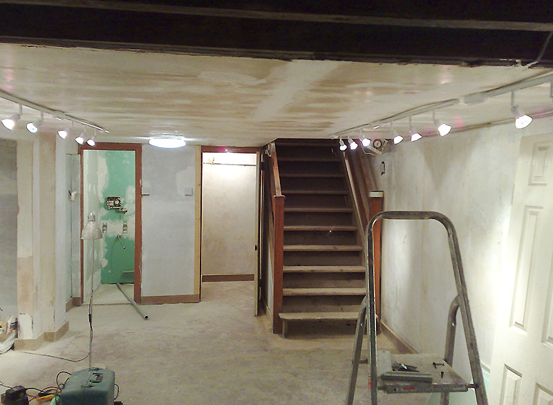 ... Finishing The Basement With Sheetrock (polish Basement  Cellar Conversions.co.