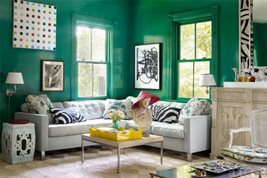 Bright green gloss paint enlivens room