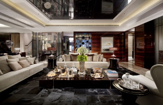 Drama and sophistication in this high gloss interior