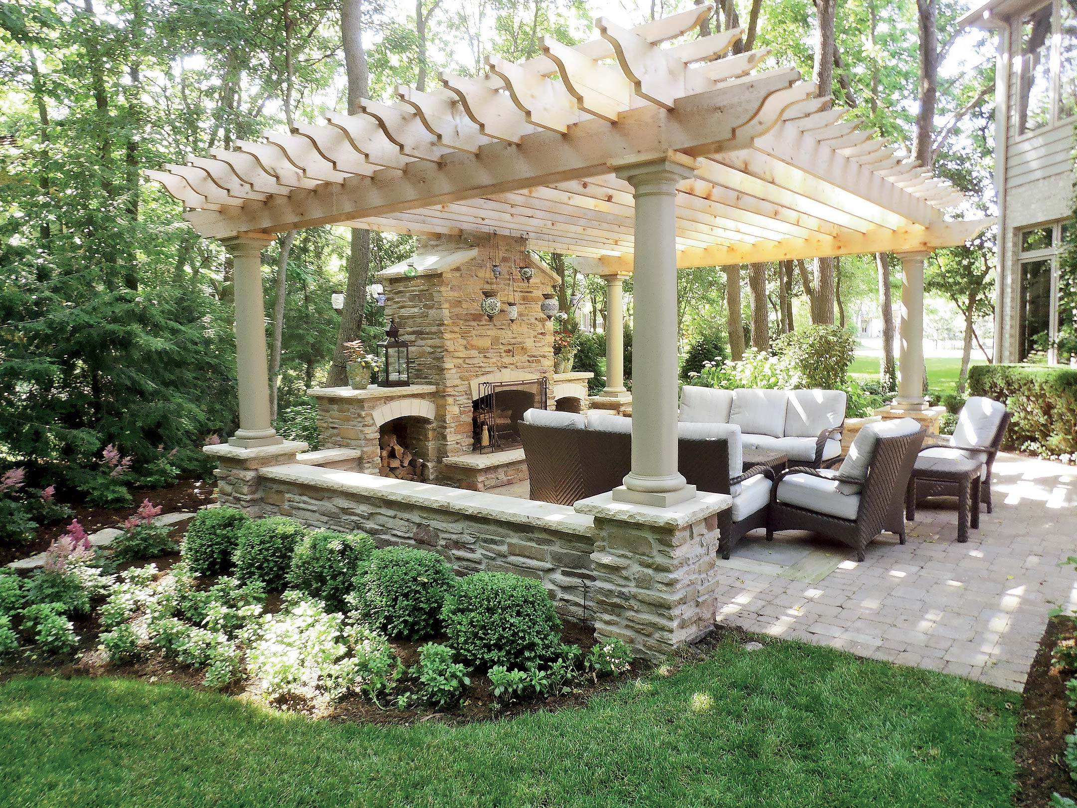 Backyard structures for entertaining for Outdoor room with fireplace