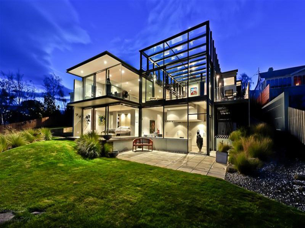 A stunning glass house