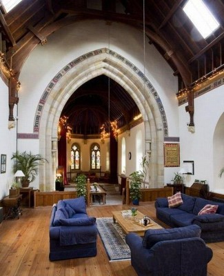 Maintaining the original character in a church to home conversion