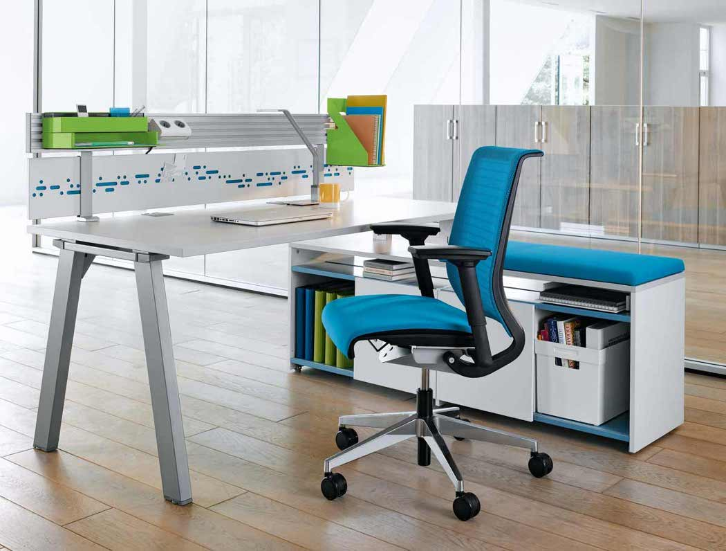 Ergonomically designed desk