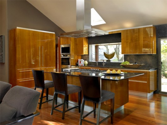 Gloss wood finish in kitchen