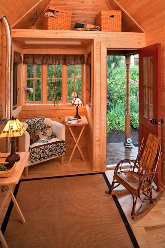 Tiny house living for big rewards for Tiny house interieur