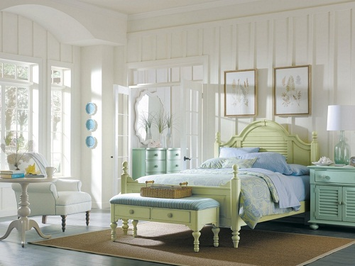Light greens and blues for a bedroom