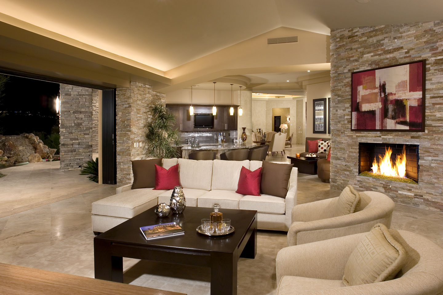 Rock your home with stone interior accents for Pictures of beautiful houses interior