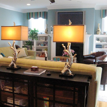 The console table is perfect behind the sofa with lamps