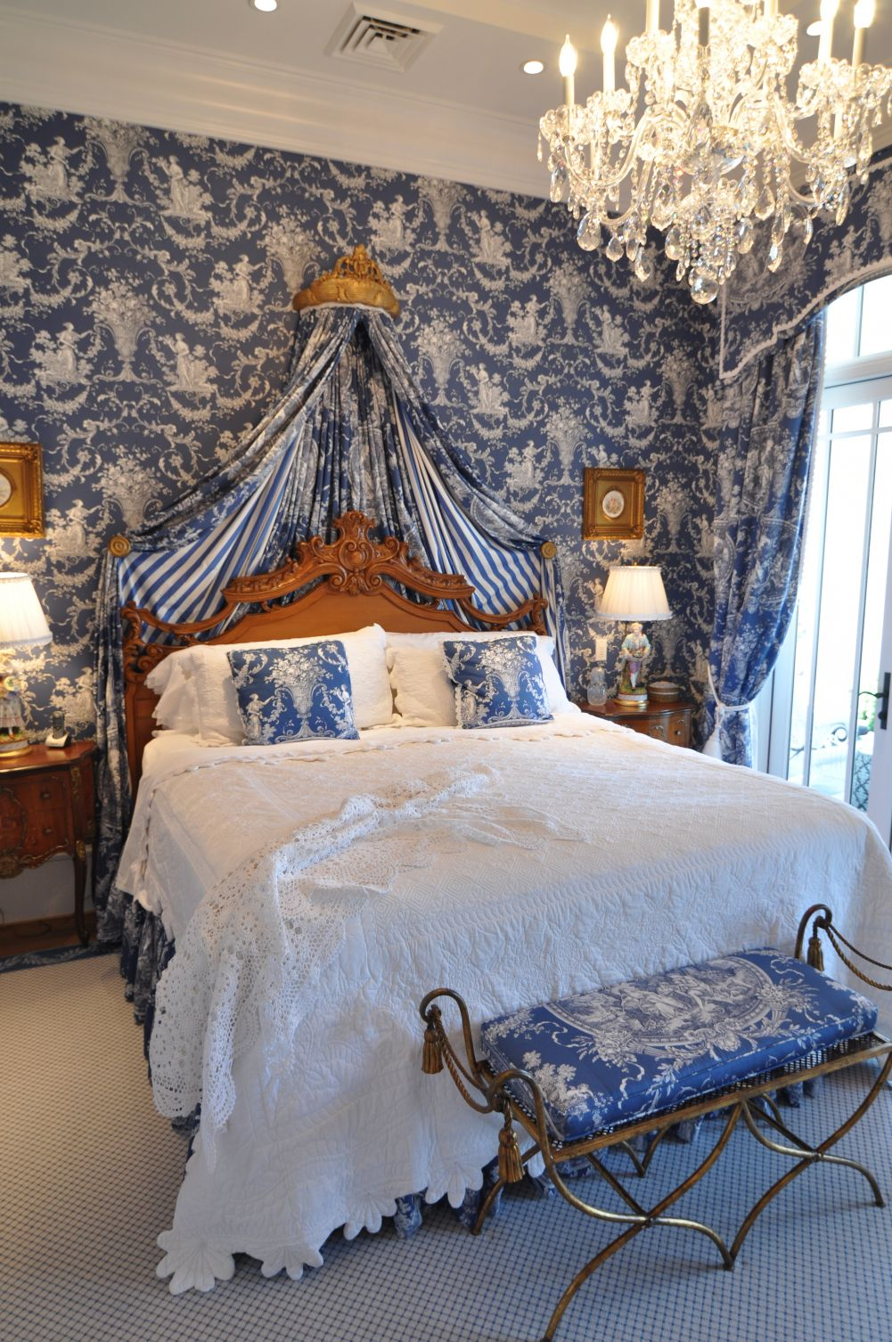toile de jouy tells a story in your home. Black Bedroom Furniture Sets. Home Design Ideas