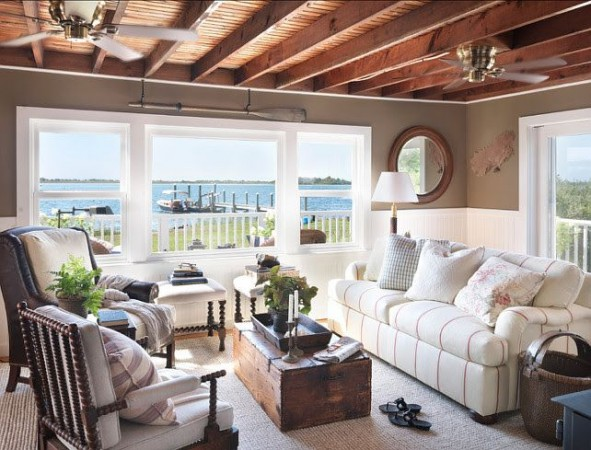 Open and bright coastal cottage
