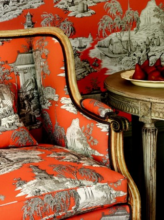 A variety in color for this bright toile