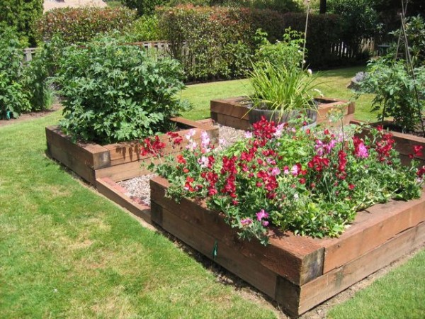 Create different designs with raised flower beds