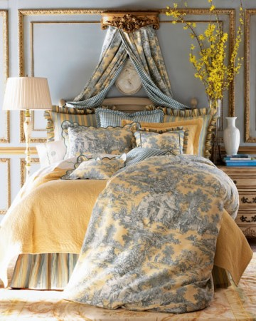 Beautiful classic toile bedding