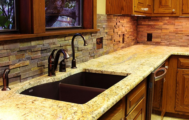 Stone backsplash for the kitchen