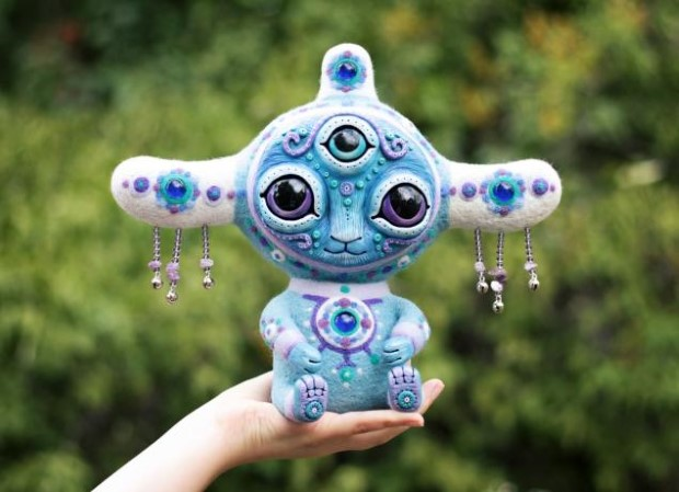 Amazing hand made alien dolls by Maryana Kopylova (2)