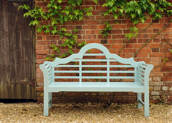 Garden benches to enhance your outdoor space Lutyens bench