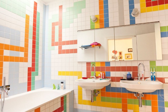Colorful tiles add pizazz to the bathroom