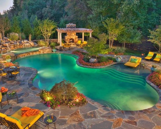 Inspiring outdoor spaces to start your summer right for Garden oases pool entrance