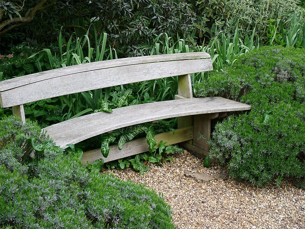 Garden benches to enhance your outdoor space Yard bench