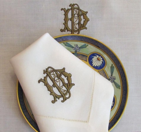 A strong statement is made with monogrammed table linens