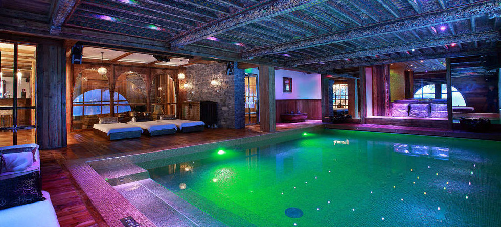 Indoor swimming pool luxus  Indoor Swimming Pools to Inspire