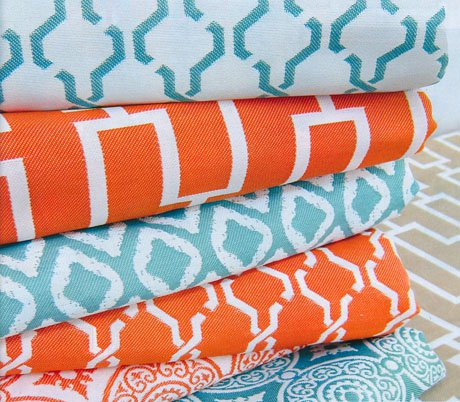 Coral and aqua fabrics for a summery vibe in your home