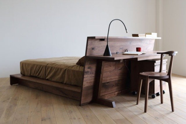 Space saving beds- A bed with a twist (www.decorativebedroom.com)