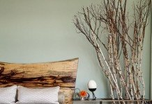 Branches bring a natural element into this bedroom