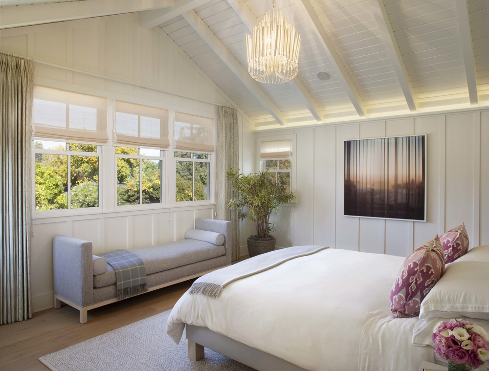 Modern farmhouse style a little bit country a little bit rock and roll Modern chic master bedroom