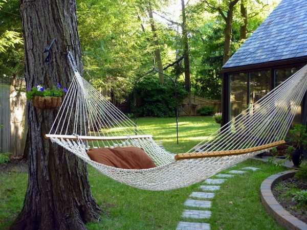 The ultimate backyard tool, the hammock
