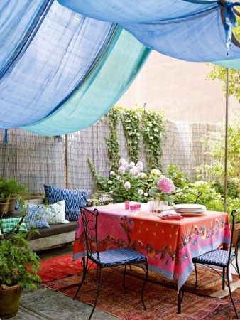 Create a pretty retreat in your backyard and share a quiet moment with a guest