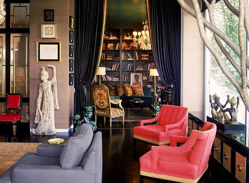 Bold colors and accessories mark the style of interior designer Kelly Wearstler