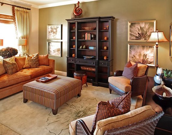 Warm autumn colors create a cozy room