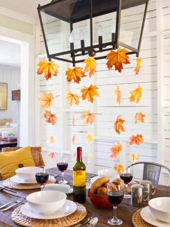 A bit of fall for this dining room