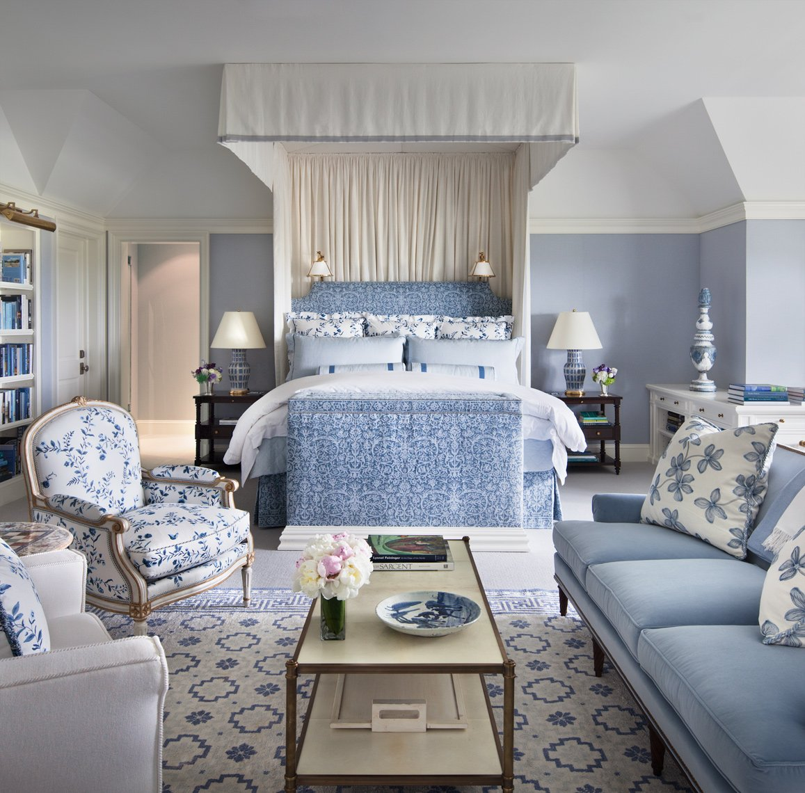 Designer focus alexa hampton for Bedroom ideas hamptons