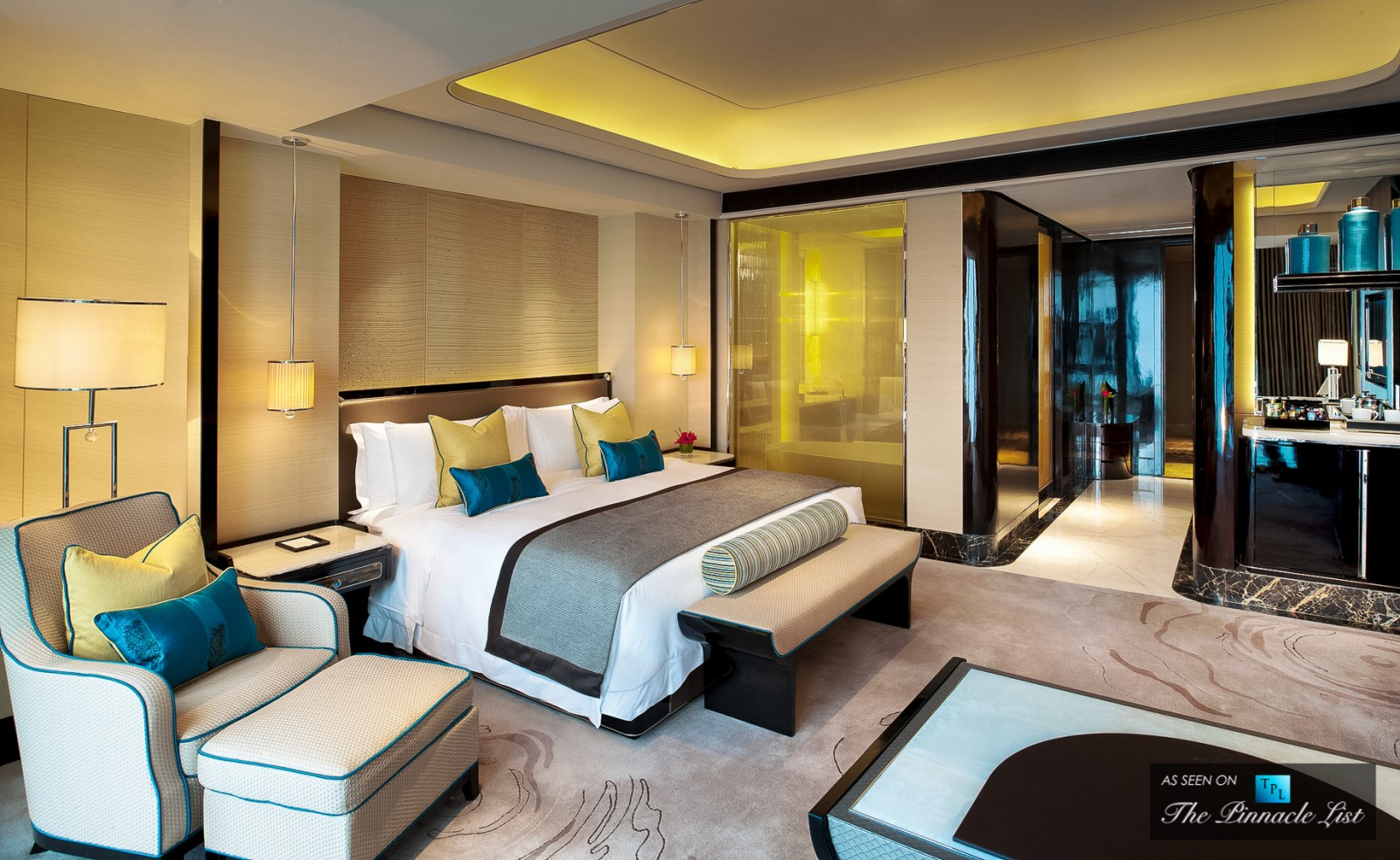 Hotel rooms to inspire your bedroom design for Hotel luxury