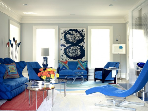Vivid blue furniture highlights this space