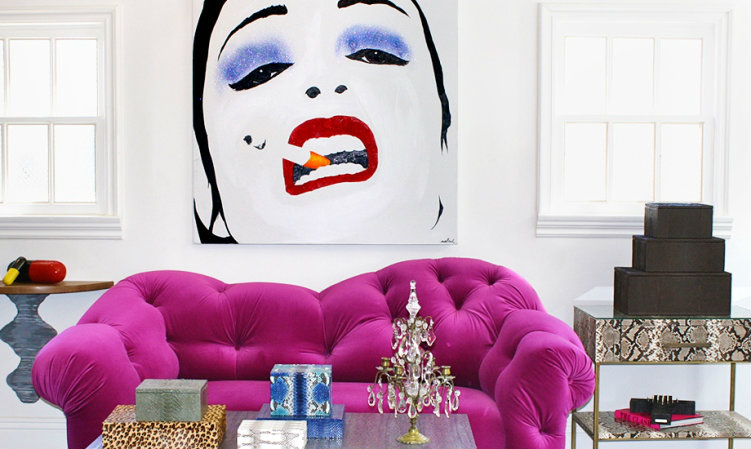 ... Stunning Living Room With Pop Art Panel On The Wall