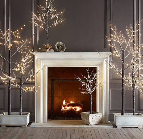 Simple modern Christmas décor alternative