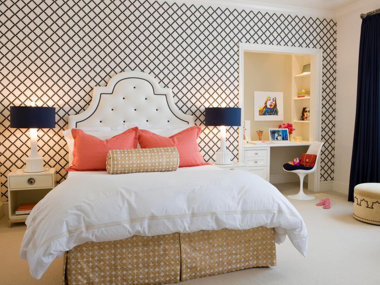 Sassy and sophisticated teen and tween bedroom ideas - Teenage girl bedroom decorations ...