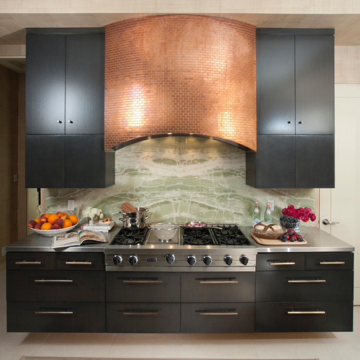 Kitchen Hood: 4 Types Of Kitchen Range Hoods To Transform Your Kitchen